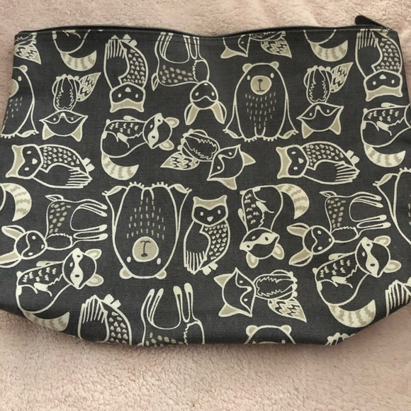 thirty-one Handbags - Thirty-One Zipper Pouch